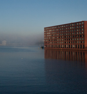 Water, mist gebouw